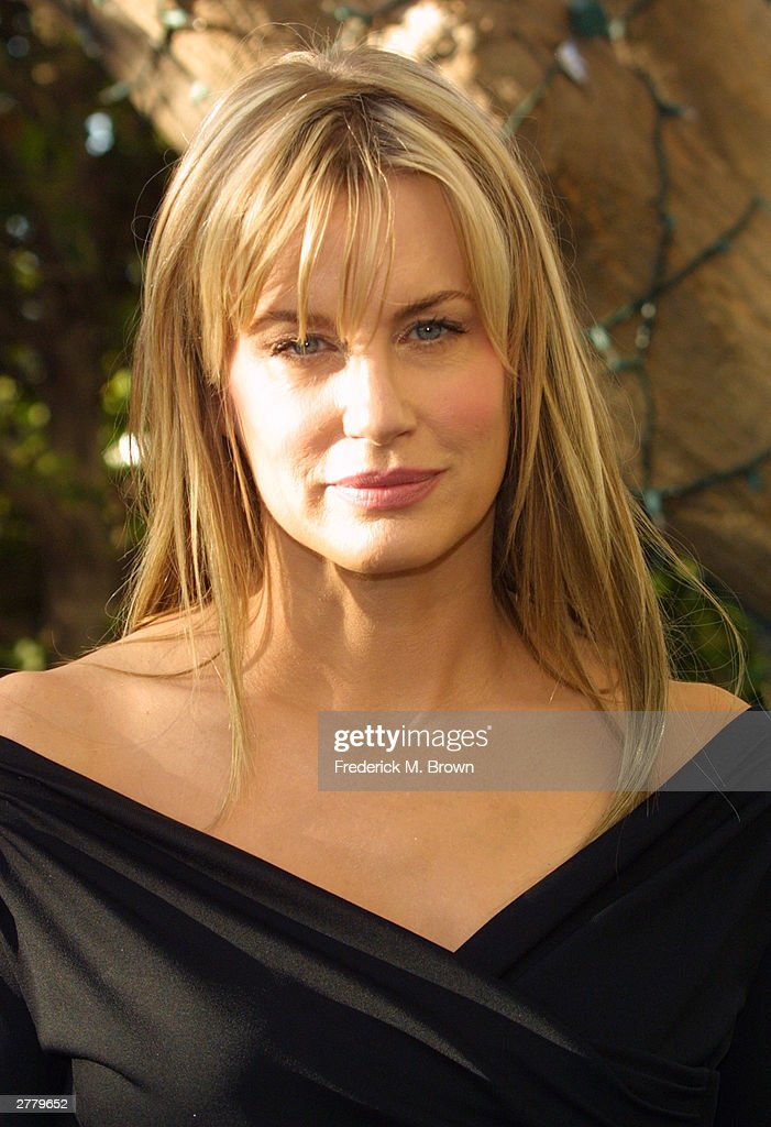 actor-daryl-hannah-speaks-during-the-2004-nominations-announcements-picture-id2779652