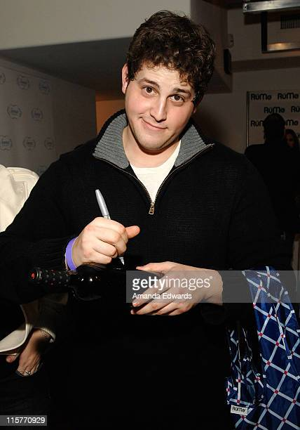 Actor David Blue poses at Little Black Dress Wines at Kari Feinstein Golden Globes Style Lounge held at Zune LA on January 9, 2009 in Los Angeles,...