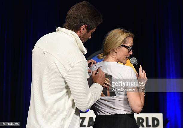 Actor David Duchovny and Actress Gillian Anderson onstage during Wizard World Comic Con Chicago 2016 Day 3 at Donald E Stephens Convention Center on...