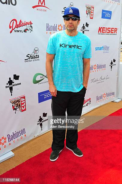 Actor David Duchovny arrives at the Pedal On The Pier charity event benefiting inner city schools at Santa Monica Pier on June 5 2011 in Santa Monica...