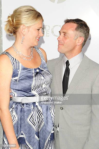 Actor David Eigenberg and Chrysti Eigenberg attend Sex And The City 2 Premiere presented by MercedesBenz And Maybach at Radio City Music Hall on May...