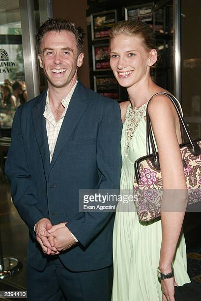 Actor David Eigenberg and wife Chrysti attend the American Splendor film premiere at the Chelsea West Theater August 12 2003 in New York City