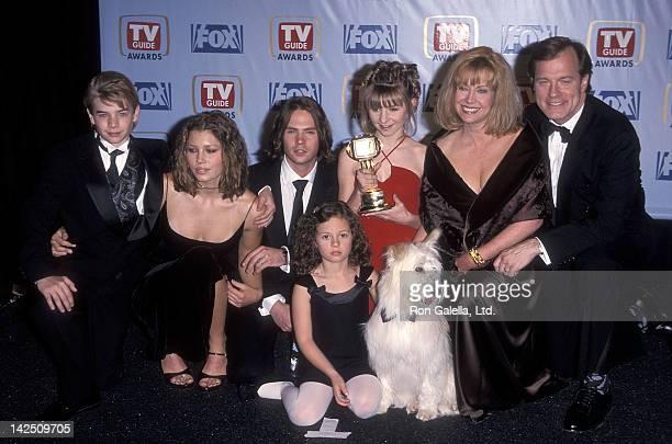 Actor David Gallagher actress Jessica Biel actor Barry Watson actress Beverly Mitchell actress Mackenzie Rosman actress Catherine Hicks and actor...