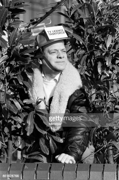 Actor David Jason who plays Del boy in 'Only Fools and Horses' promoting a nationwide TV Licence campaign 7th January 1988