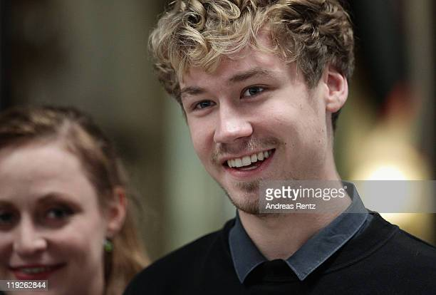 Actor David Kross attends a photocall of 'Anleitung Zum Ungluecklichsein' at the scenery Babelsberg on July 15 2011 in Potsdam Germany