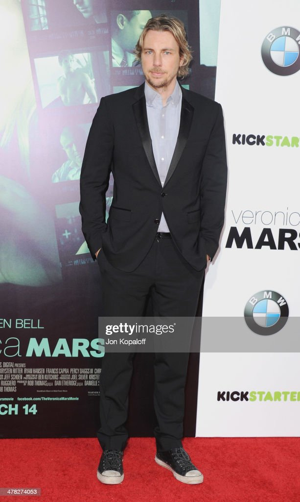 Actor Dax Shepard arrives at the Los Angeles premiere 'Veronica Mars' at TCL Chinese Theatre on March 12, 2014 in Hollywood, California.