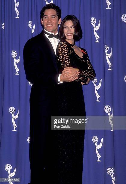 Actor Dean Cain and Actress Teri Hatcher attending 45th Annual Primetime Emmy Awards on September 19 1993 at Pasadena Civic Auditorium in Pasadena...