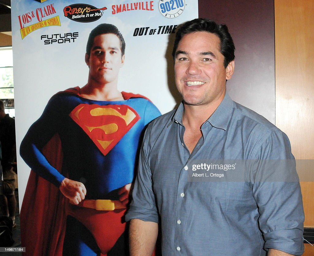 Actor Dean Cain participates in The Hollywood Show held at Burbank Airport Marriott Hotel & Convention Center on August 5, 2012 in Burbank, California.