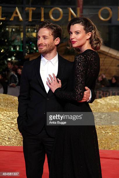 """Actor Dean O'Gorman and guest attend the """"The Hobbit: The Desolation of Smaug"""" European Premiere at Cinestar on December 9, 2013 in Berlin, Germany."""