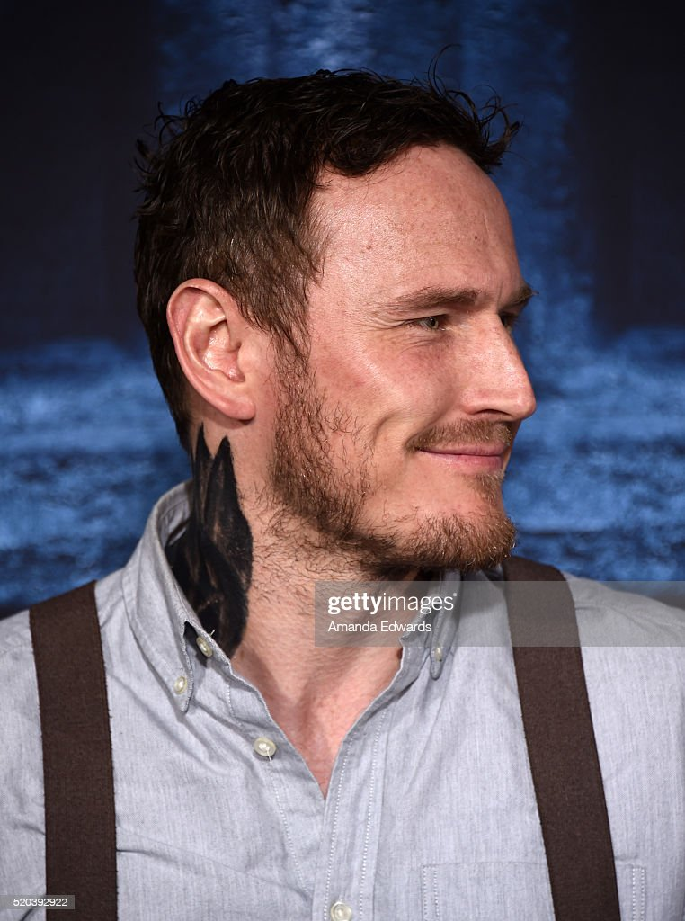 Actor Dean S Jagger Arrives At The Premiere Of Hbos Game Of