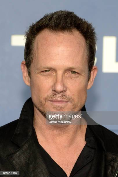 Actor Dean Winters attends the XMen Days Of Future Past world premiere at Jacob Javits Center on May 10 2014 in New York City