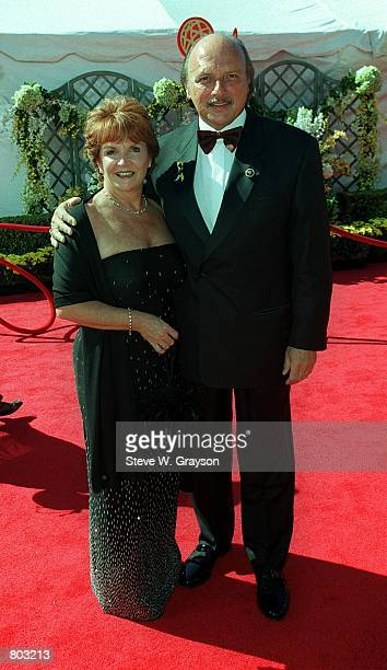 Actor Dennis Franz and wife Joanie Zeck arrive at the 52nd Annual Primetime Emmy Awards September 10 2000 in Los Angeles CA