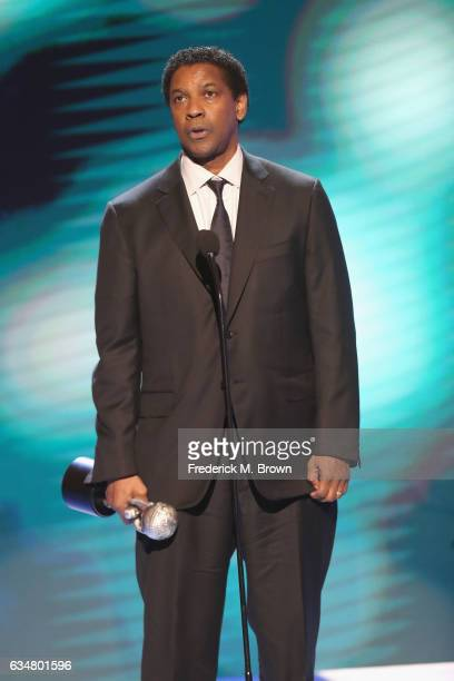 Actor Denzel Washington accepts award for Outstanding Actor in a Motion Picture onstage at the 48th NAACP Image Awards at Pasadena Civic Auditorium...