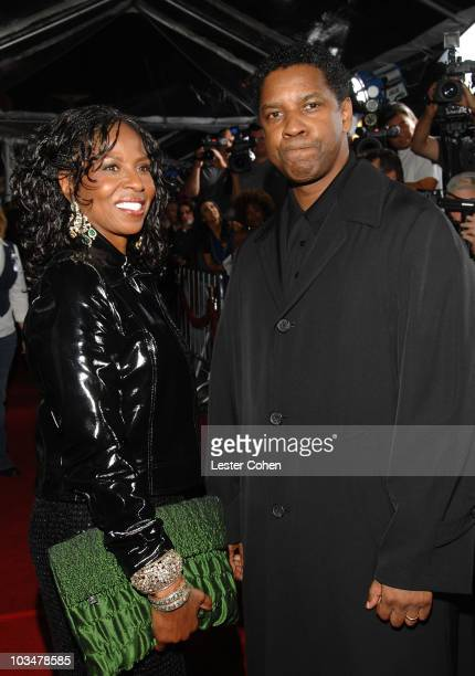 Actor Denzel Washington and wife Paulette Washington arrive to the industry screening of American Gangster at the Arclight on October 29 2007 in...