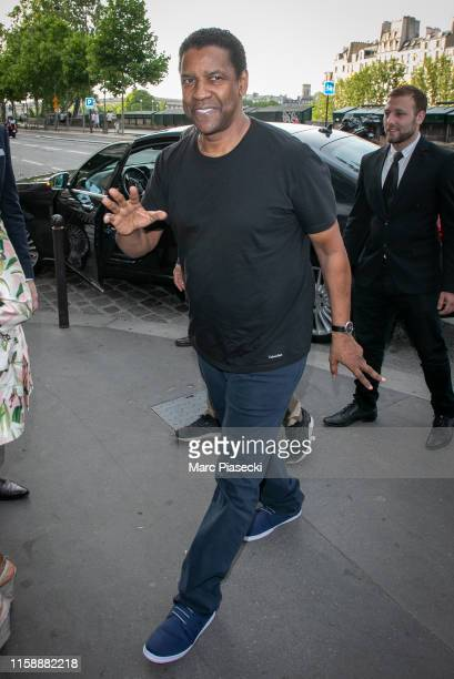 Actor Denzel Washington arrives at the 'Laperouse' restaurant on June 28, 2019 in Paris, France.
