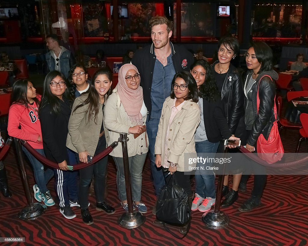 Derek theler meet greet photos and images getty images actor derek theler attends a meet and greet with fans at planet hollywood times square on kristyandbryce Image collections