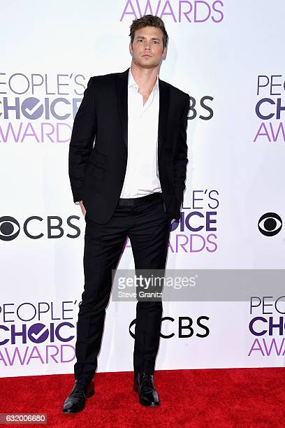 Actor Derek Theler attends the People's Choice Awards 2017 at Microsoft Theater on January 18 2017 in Los Angeles California