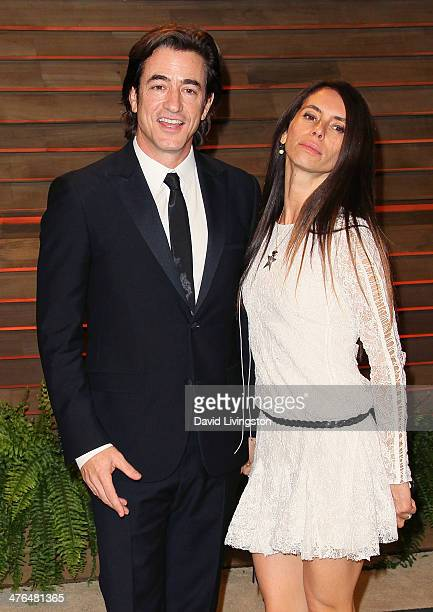 Actor Dermot Mulroney and wife Tharita Catulle attend the 2014 Vanity Fair Oscar Party hosted by Graydon Carter on March 2 2014 in West Hollywood...
