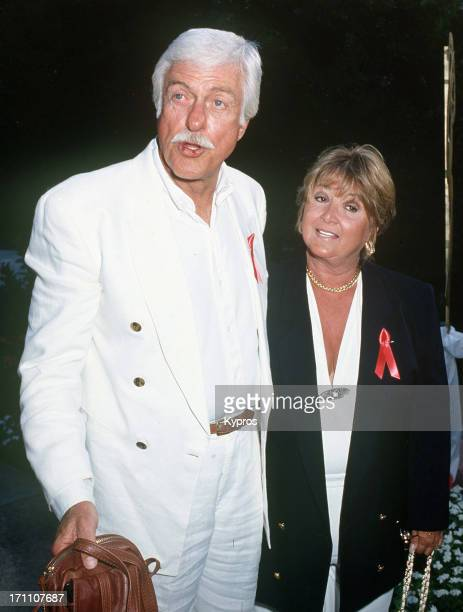 Actor Dick Van Dyke and his partner actress Michelle Triola Marvin attend the nominees' luncheon for the 44th Annual Primetime Emmy Awards on August...