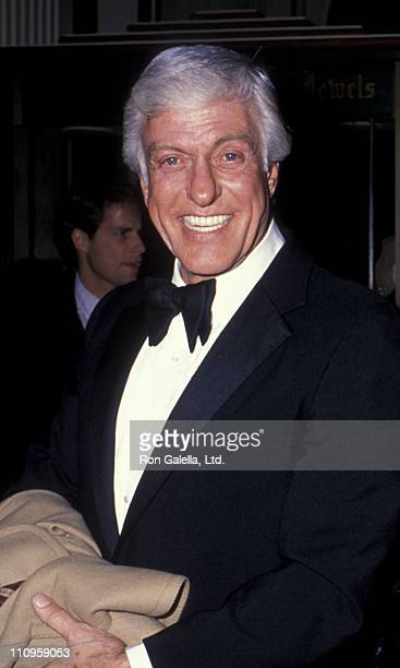 Actor Dick Van Dyke attends Sixth Annual American Cinema Awards on January 6 1989 at the Beverly Hilton Hotel in Beverly Hills California