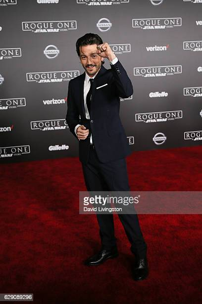 Actor Diego Luna arrives at the premiere of Walt Disney Pictures and Lucasfilm's Rogue One A Star Wars Story at the Pantages Theatre on December 10...