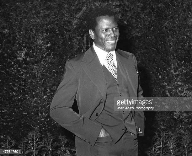 Actor director and author Sidney Poitier attends an ERA event hosted by and at the home of Actress Producer Social Activist Marlo Thomas in Beverly...