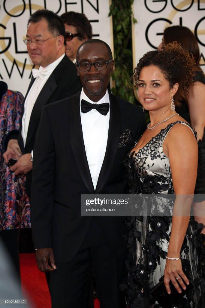 Don Cheadle And Wife Stock Pictures, Royalty-free Photos ... |Don Cheadle Family 2014