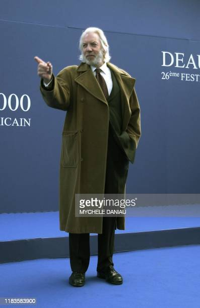 US actor Donald Sutherland poses 02 September 2000 before a press conference to present US director Clint Eastwood's latest film Space Cowboys at the...