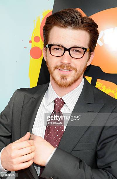 Actor Drake Bell arrives on the red carpet at Nickelodeon's 2008 Kids' Choice Awards at the Pauley Pavilion on March 29 2008 in Los Angeles California