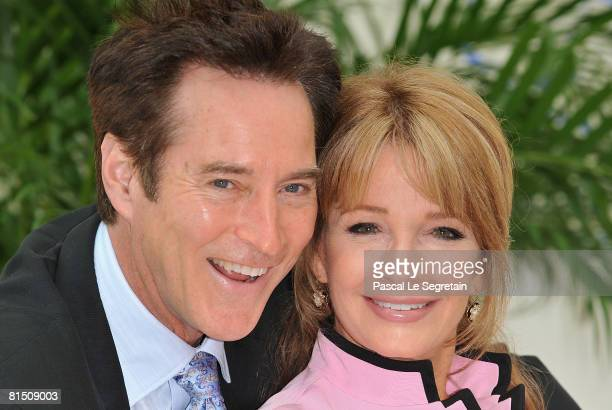 """Actor Drake Hogestyn and actress Deidre Hall attend a photocall promoting the television series """"Des Jours et des Vies """" on the third day of the 2008..."""