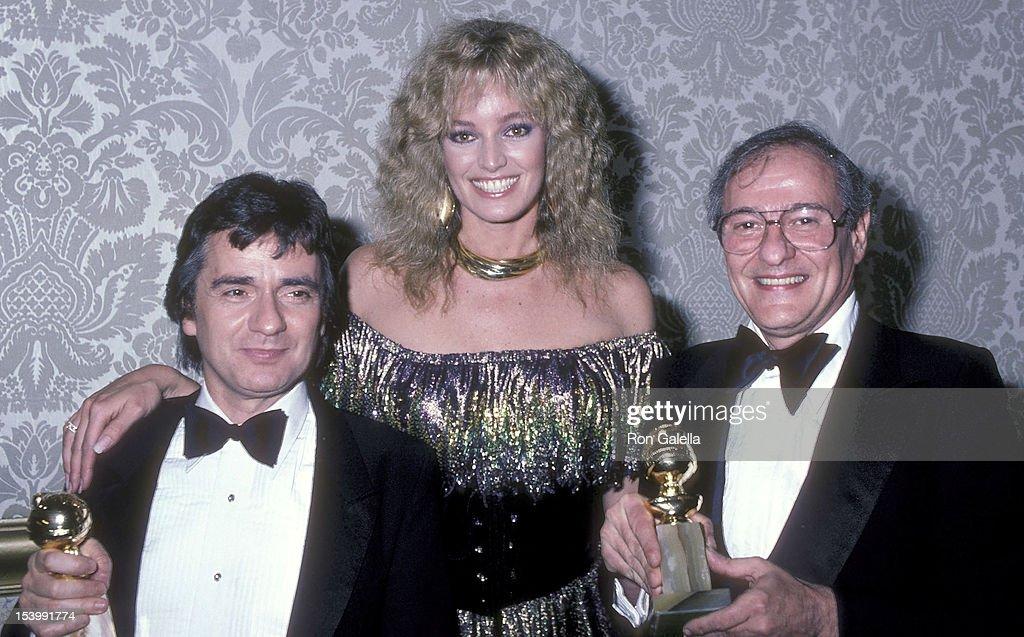39th Annual Golden Globe Awards - Press Room : News Photo