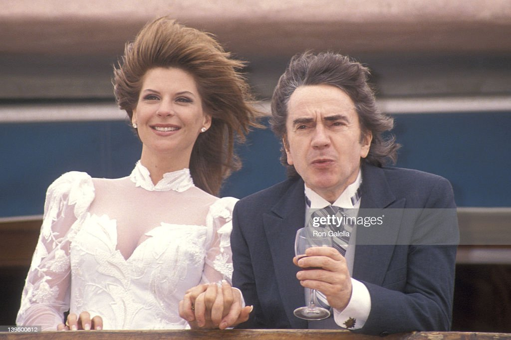 Wedding of Dudley Moore and Nichole Rothschild : News Photo