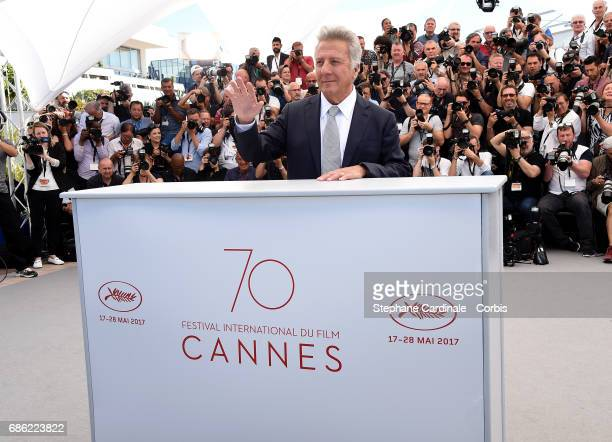 Actor Dustin Hoffman attends The Meyerowitz Stories photocall during the 70th annual Cannes Film Festival at Palais des Festivals on May 21 2017 in...