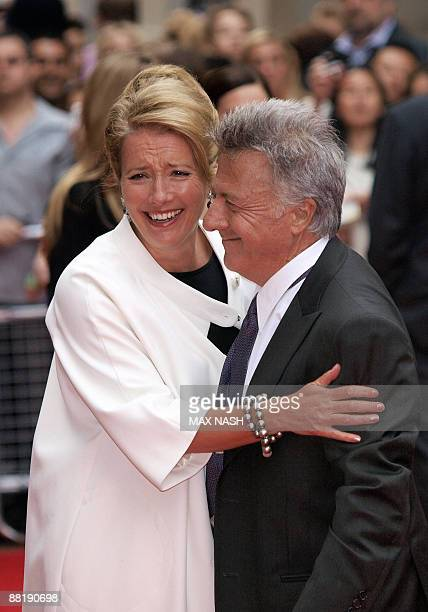 US actor Dustin Hoffman smiles with British actress Emma Thompson as they arrive for the British Premiere of their latest film 'Last Chance Harvey'...