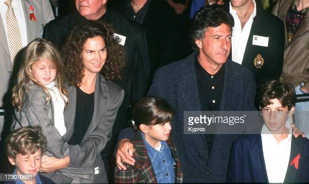 Actor Dustin Hoffman with his wife Lisa Hoffman and their children, circa 1992.