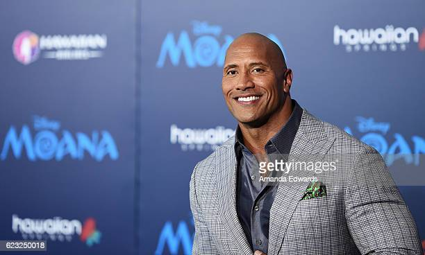 Actor Dwayne Johnson arrives at the AFI FEST 2016 Presented By Audi premiere of Disney's 'Moana' at the El Capitan Theatre on November 14 2016 in...