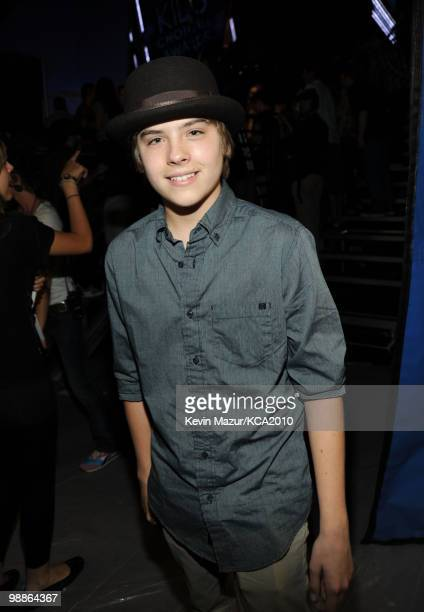 LOS ANGELES CA MARCH 27 **EXCLUSIVE COVERAGE** Actor Dylan Sprouse attends Nickelodeon's 23rd Annual Kids' Choice Awards held at UCLA's Pauley...