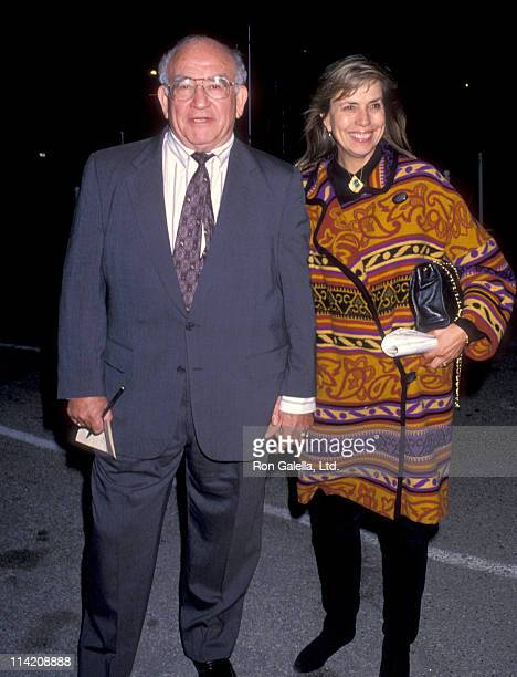 Actor Ed Asner and Cindy Gilmore attend Oxfam America's Hunger Banquet Benefit on November 19 1992 at the Barker Hanger at Santa Monica Airport in...