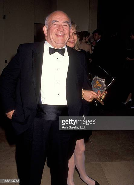 Actor Ed Asner and Cindy Gilmore attend Sixth Annual ASC Outstanding Achievement in Cinematography Awards on February 23 1992 at the Beverly Hilton...