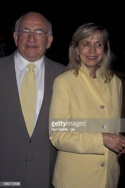 Actor Ed Asner and Cindy Gilmore attend the screening of Hiroshima on August 2 1995 at the Director's Guild Theater in Hollywood California