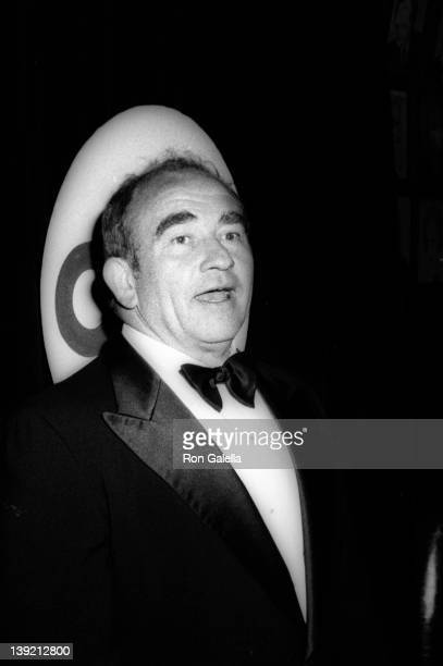 Actor Ed Asner attends 28th Annual Tony Awards on April 21 1974 at the Shubert Theater in New York City