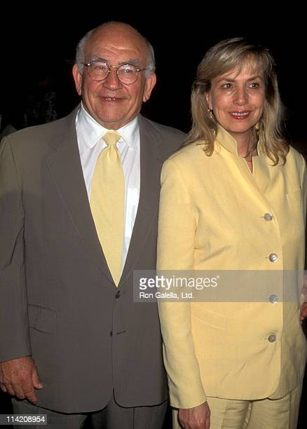 Actor Ed Asner Cindy Gilmore attend the screening of Hiroshima on August 2 1995 at the Director's Guild Theater in Hollywood California