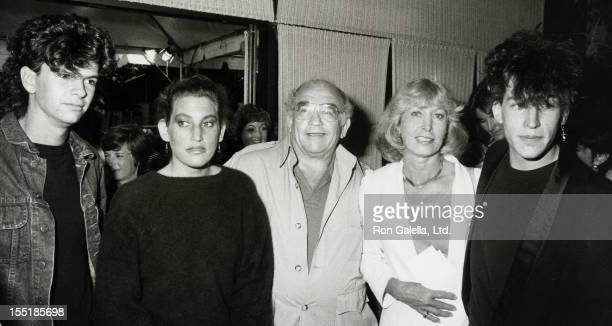 Actor Ed Asner Nancy Sikes son Matthew Asner daughter Liza Asner and Sean King attend the world premiere of Krull on July 28 1983 at the Academy...
