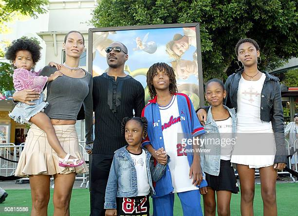 Actor Eddie Murphy wife Nicole and family attend the Los Angeles premiere of the Dreamworks Pictures' film Shrek 2 at the Mann Village Theatre May 8...