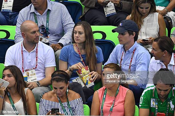 Actor Eddie Redmayne and wife Hannah Bagshawe attend women's 200m Individual medley on Day 4 of the Rio 2016 Olympic Games at the Olympic Aquatics...