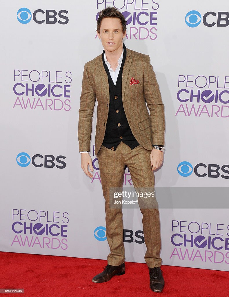 Actor Eddie Redmayne arrives at the 2013 People's Choice Awards at Nokia Theatre L.A. Live on January 9, 2013 in Los Angeles, California.
