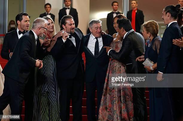 Actor Edgar Ramirez Director Jonathan Jakubowicz actor Robert De Niro Grace Hightower Roberto Duran and his wife Felicidad Duran attend the Hands Of...