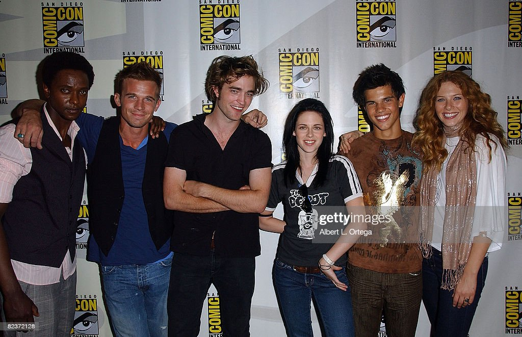 Flashback: When 'Twilight' Hit Comic-Con in 2008