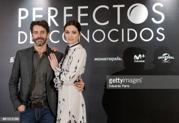 Actor Eduardo Noriega and actress Dafne Fernandez attend 'Perfectos Desconocidos' photocall at the Hesperia Hotel on November 28 2017 in Madrid Spain