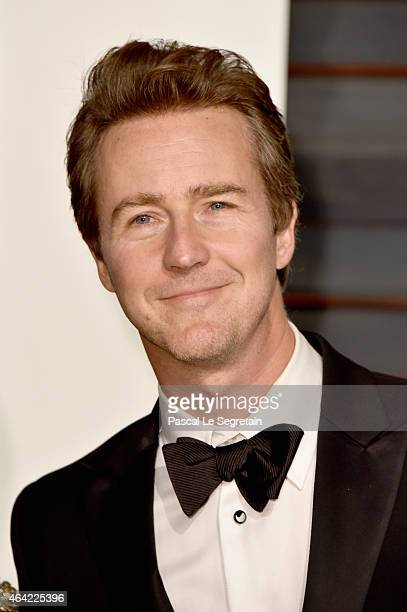 Actor Edward Norton attends the 2015 Vanity Fair Oscar Party hosted by Graydon Carter at Wallis Annenberg Center for the Performing Arts on February...